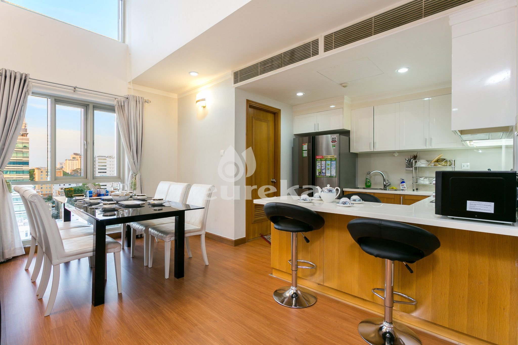 Apartment For Rent In  Pavillon